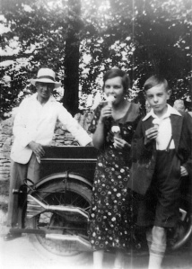 Albert Winstone (on the far left)