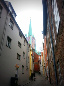 The Petrikirche (Church of St. Peter) dominates the part of the Alstadt around the museum of puppets