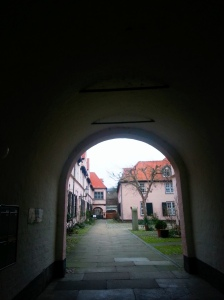Into the secret courtyards