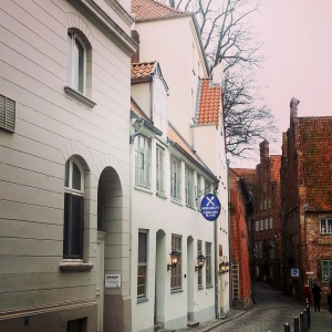 The alley that leads to the museum of puppets
