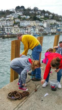 Crabbing in East Looe